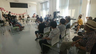 トーク会場 2.JPG